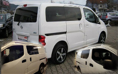 Nissan NV 200 Bonded Windows